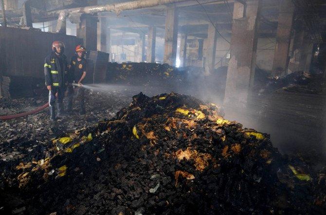 Terkunci saat kebakaran, 52 orang pekerja di pabrik Bangladesh tewas