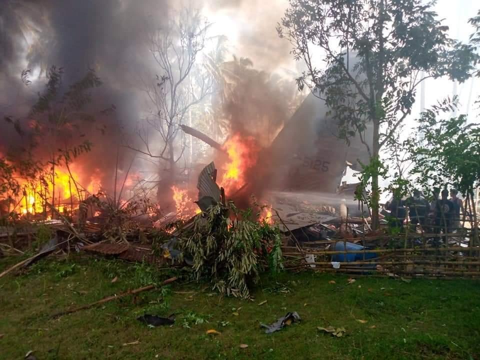 Pesawat militer Filipina jatuh tewaskan sedikitnya 17 orang