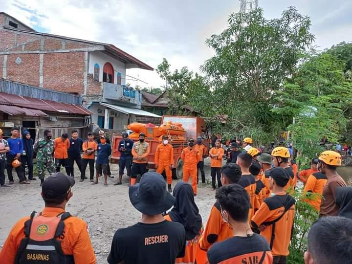 Ramli belum ditemukan, Tim SAR Gabungan sisir sepanjang sungai Saddang