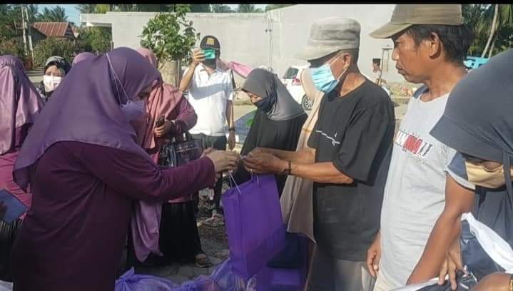 PEDULI!! PDGI Cabang Jeneponto Serahkan Bantuan Kepada Korban Banjir di Tarowang