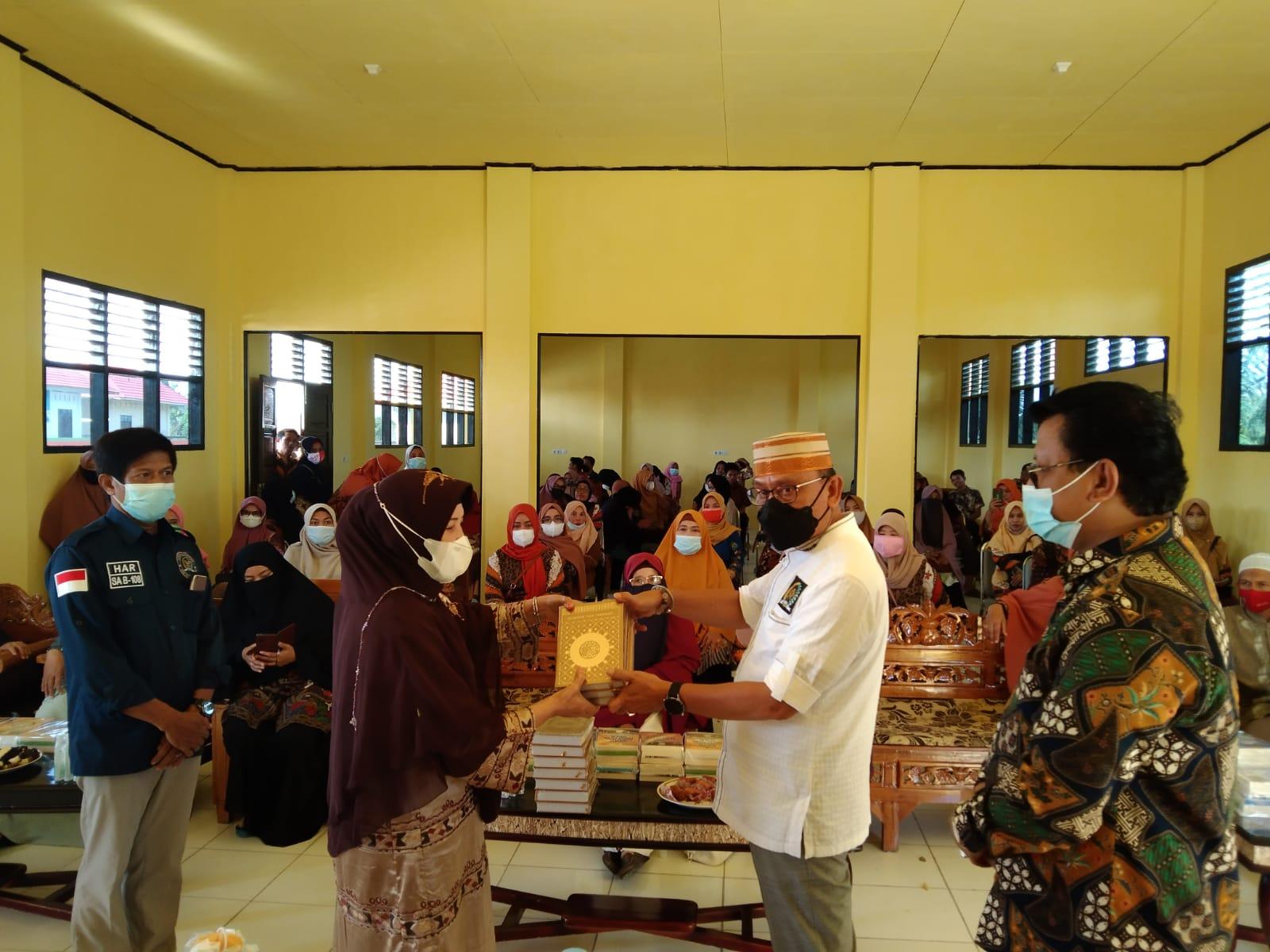 Gelar Seminar Kebangsaan, Ajiep Padindang Bahas Toleransi di Pesantren Darul I'Tihsam Jeneponto