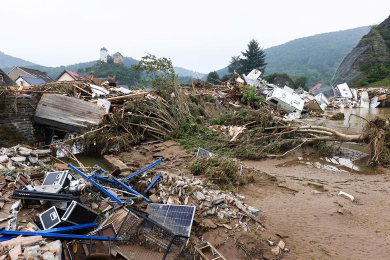 Pemandangan umum Altenburg setelah hujan deras di wilayah tersebut, Jerman, 17 Juli. REUTERS/Wolfgang Rattay