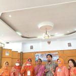 SLB Negeri 1 Makassar Gelar Pelatihan Cipta Baca Puisi, Dr.Iis Masdiana: Ini Program Positif, Ikuti Dengan Ikhlas