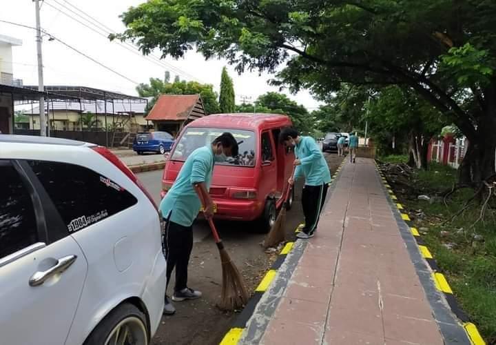 KOMPAK, ASN dan Honorer di Kantor Disdukcapil Jeneponto Rutin Lakukan Jumat Bersih