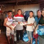 Peduli Terhadap Tenaga Kerja Dan Masyarakat Desa Puusuli, PT. KMS27 Kembali Berbagi Ratusan Paket Sembako